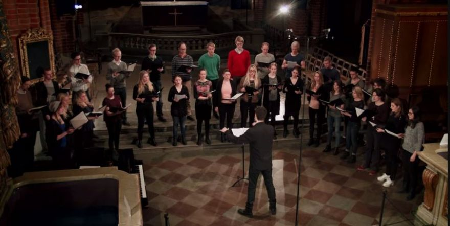 Youth choir gives imprisoned writer a voice - St Jacobs Ungdomskör - We want life (Maria Löfberg)